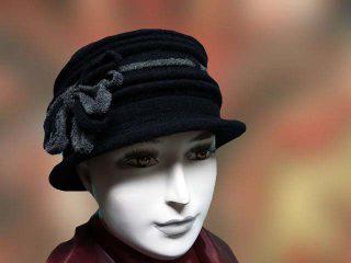fekete szurke noi kalap
