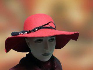 noi kalap piros nagykarimas