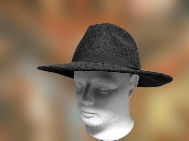 szurke_nagy_karimas_ferfi_kalap
